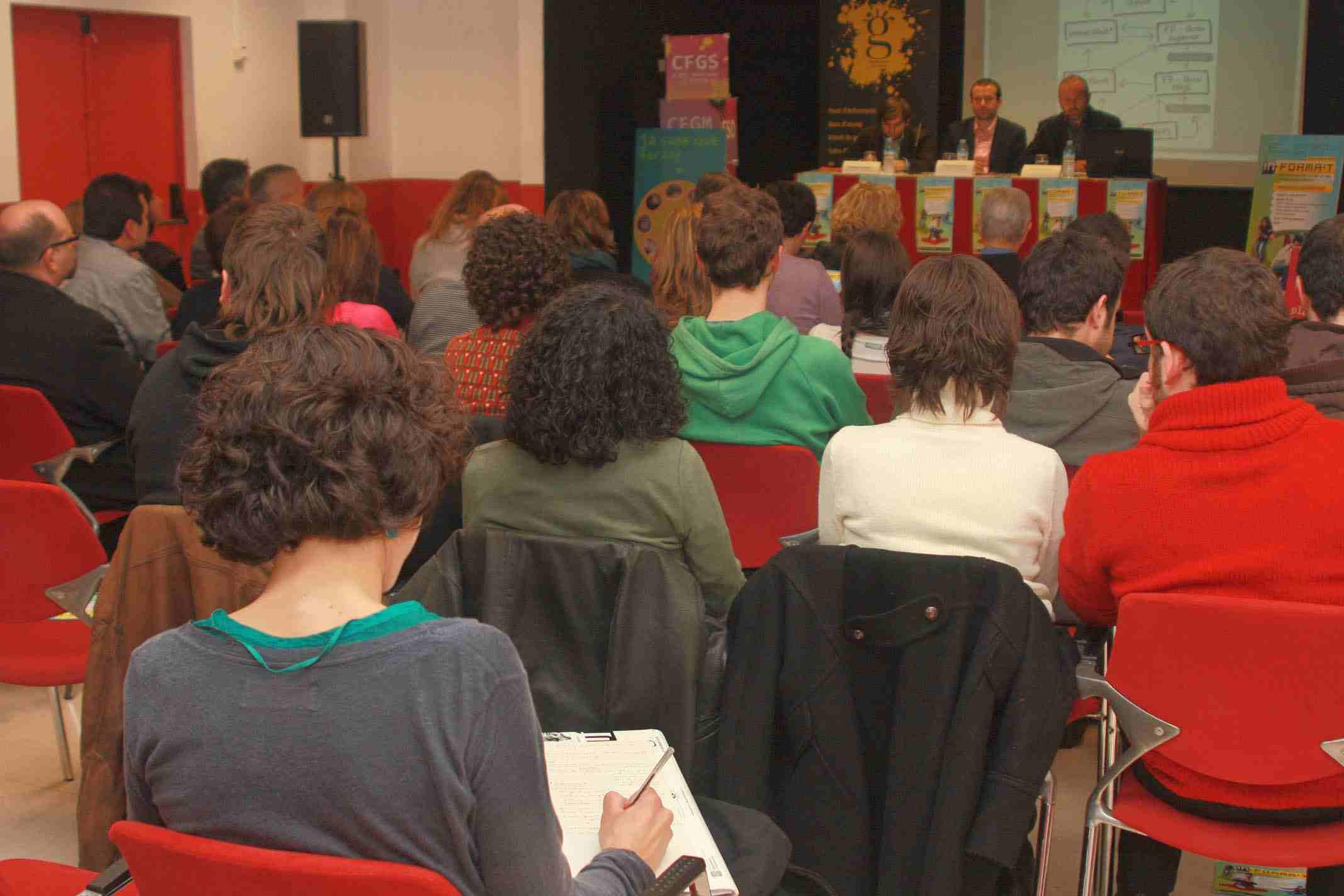 In-forma't 2014: informació juvenil al servei de l'oferta educativa de la ciutat de Barcelona